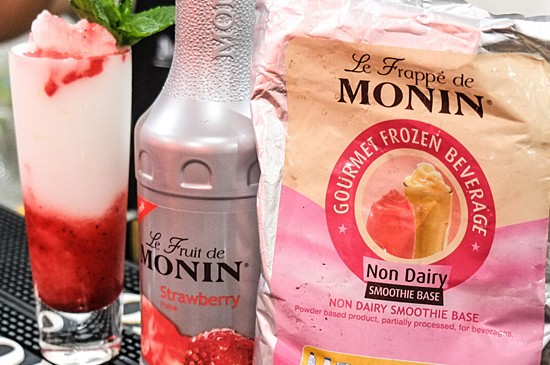 MONIN Recipe: Strawberry Lemon Swirl Smoothie