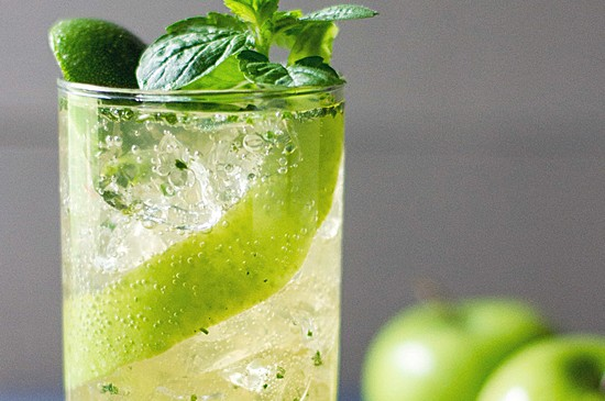 MONIN Recipe: Virgin Green Apple Mojito